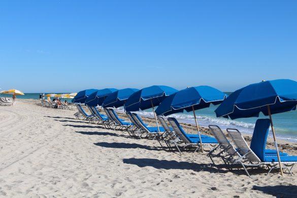 beach-588001_1280