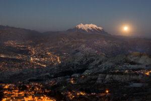 Salar-Uyuni-Y-Desierto-De-Atacama-Joyas-De-Sudamerica-a838dba___medialibrary_original_1433_955