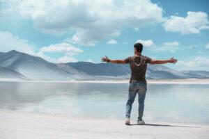 Salar-Uyuni-Y-Desierto-De-Atacama-Joyas-De-Sudamerica-fb8c38f___medialibrary_original_1478_986